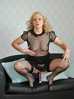 NylonSue | nylonsue.com | elegant mature model with a nylon fetish